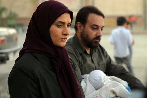 برزو ارجمند و ساناز سعیدی در نمایی از بچه مهندس