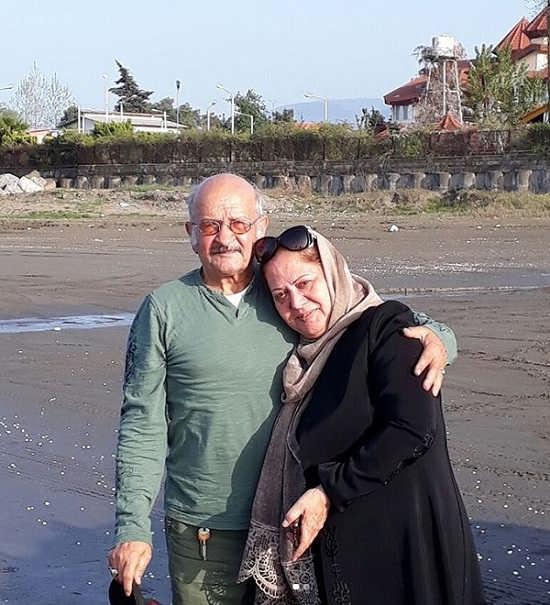عکس پدر و مادر سیاوش خیرابی