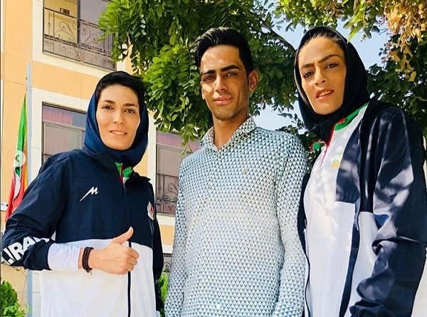 عکس شهربانو منصوریان و خواهرش الهه منصوریان و برادرشان