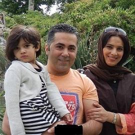 روشنک عجمیان ، همسرش و دخترش