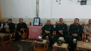 حضور سرلشکر جعفری، فرمانده کل سپاه در منزل پدری شهید محسن حججی