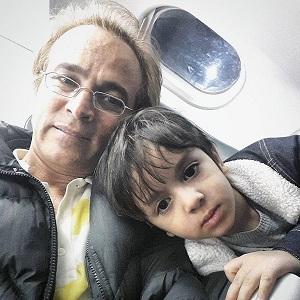 عکس قربان نجفی و پسرش