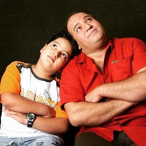 عکس نادر سلیمانی و پسرش