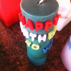 نمونه شمع های همسر آرین کرمی