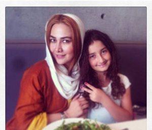 عکس آنا نعمتی و دخترش