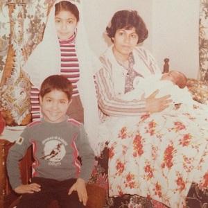 عکس افشین هاشمی و مادرش