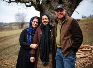 عکس بیتا سحرخیز و پدر و مادرش
