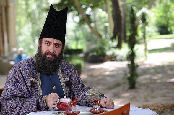 عکس داریوش کاردان در نقش میرزاآقاخان نوری(سالهای مشروطه)