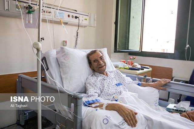 حسین محب اهری در بیمارستان۲