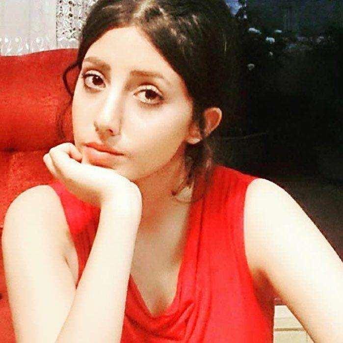 عکسی از سحر تبر با چهره عادی اش