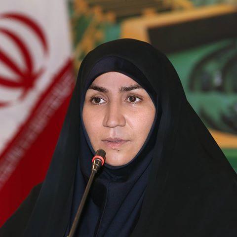 بیوگرافی نماینده نیشابور هاجر چنارانی(حمله به معاون استاندار با میکروفن)