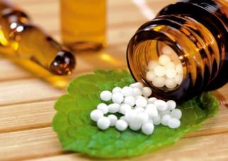 هومیوپاتی چیست؟ (هومئوپاتی یا Homeopathy)