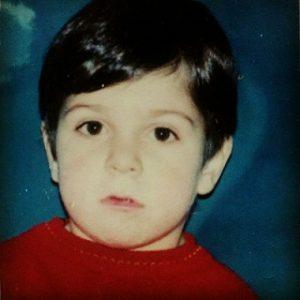 عکس حمید هیراد در کودکی