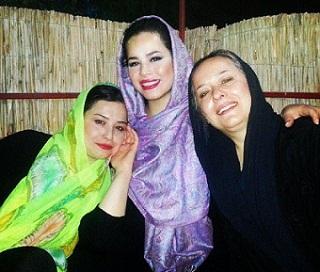 عکس آزیتا حاجیان و دخترانش