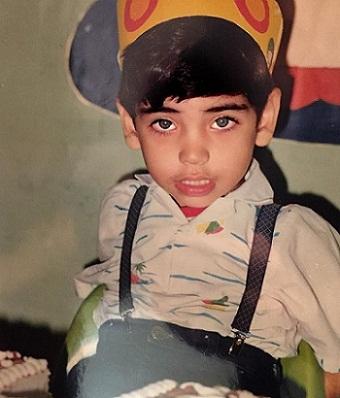 عکس احسان علیخانی در کودکی