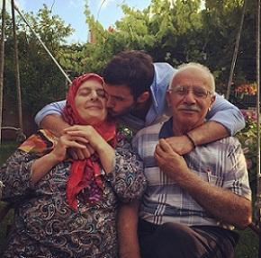 عکس پدر و مادر باریش اردوچ