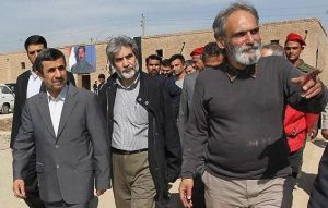 بازدید سرزده احمدی نژاد از فیلم جهانگیر الماسی