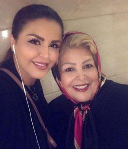 عکس سحر و مادرش