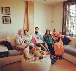 عکس سید محمد موسوی و خانواده اش