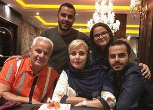 بیوگرافی فرشاد پیوس و همسر و فرزندانش
