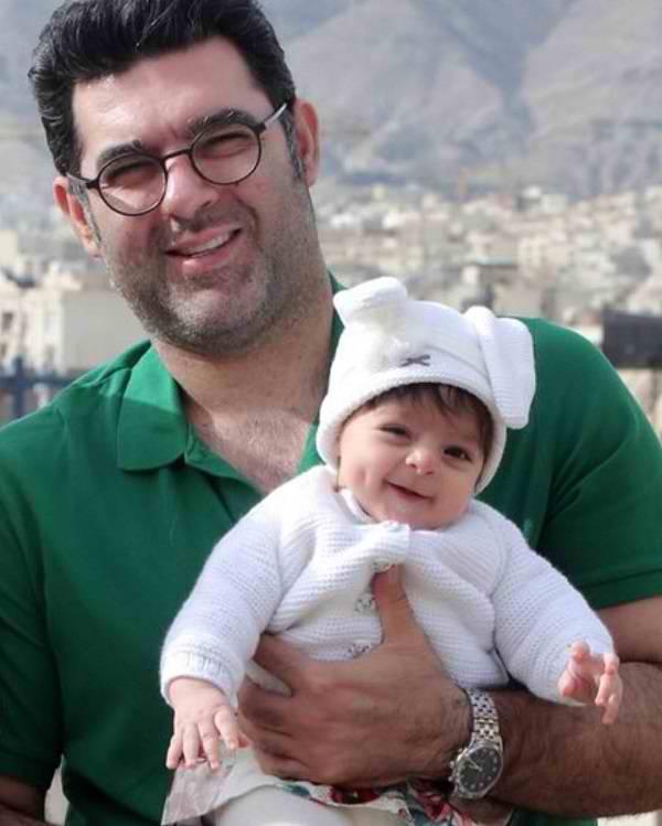 عکس مصطفی کیایی و دخترش جانان