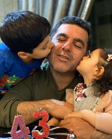 عکس مصطفی کیایی و فرزندانش کارن و جانان