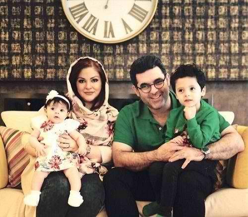 عکس مصطفی کیایی و همسر و فرزندانش