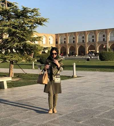 عکس مهشید جوادی بازیگر جوانی مارال در سریال آنام