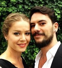 عکس بورجو بیریجیک و همسرش