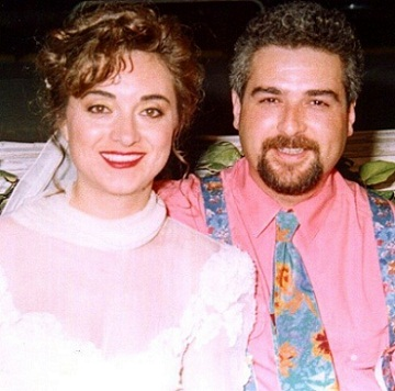 عکس مراسم ازدواج پدر و مادر الیف جان اونورلار
