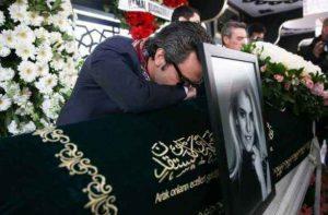 تصاویر مراسم خاکسپاری مینا باشاران 3