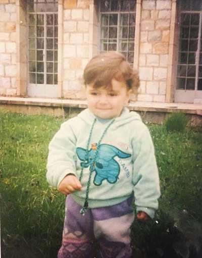 عکس کودکی لاله مرزبان