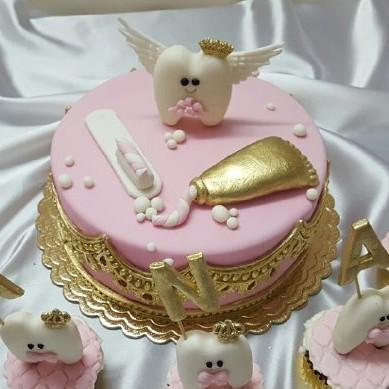 کیک دندونی دخترونه