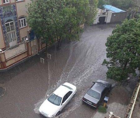 بارش شدید باران و تگرگ در اردبیل