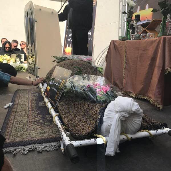 عکس جنازه مرحوم ناصر ملک مطیعی