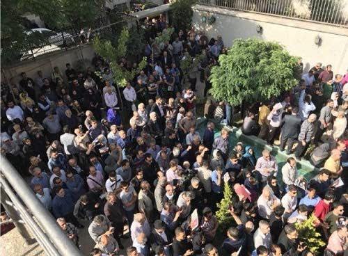 عکس مراسم خاکسپاری ناصر ملک مطیعی
