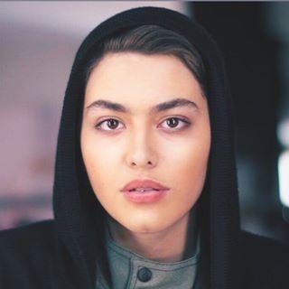 بیوگرافی ریحانه پارسا بازیگر نقش لیلا در سریال پدر