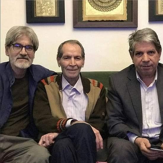 عکس پدر و عموهای متین ستوده و یادداشت برادرش مانی