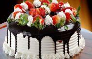 طرز تهیه کیک تولد خامه ای در خانه