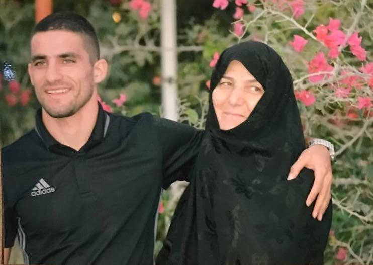 عکس های میلاد محمدی و مادرش