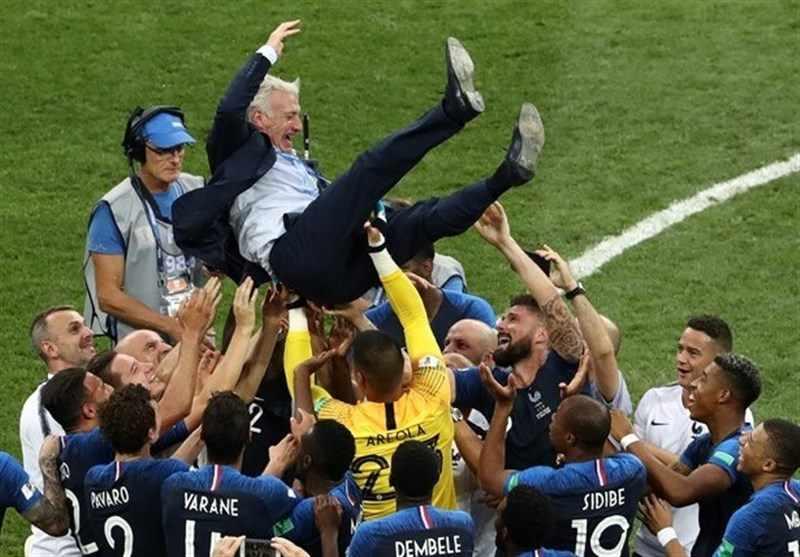 دیدیه دشان و شادی پس از قهرمانی در جام جهانی