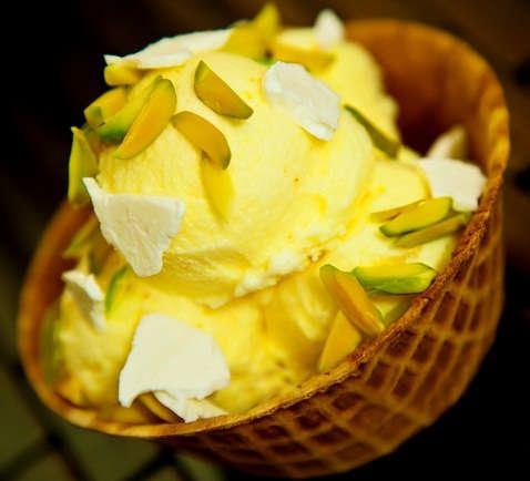 طرز تهیه بستنی سنتی در خانه