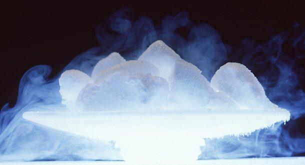 یخ خشک چیست و طرز تهیه یخ خشک چیست؟