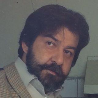 سام مشایخی؛ از انتشار تصاویر پدرم ناراحتم