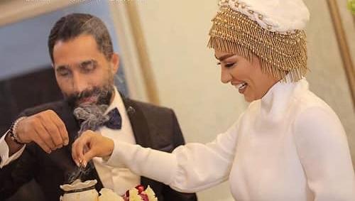 اسفند دود کردن هادی کاظمی و سمانه پاکدل