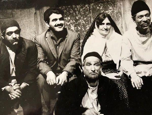تئاتر گاو در تلویزیون با حضور عزت الله انتظامی