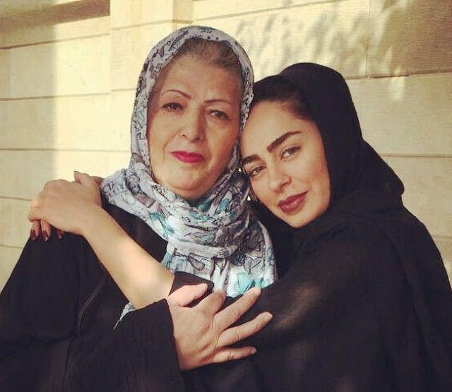 سمانه پاکدل و مادرش