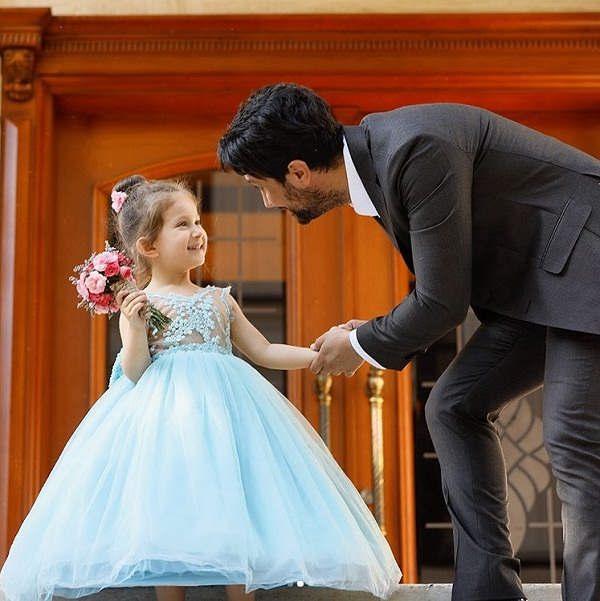 عکس های شاهرخ استخری و دخترش پناه