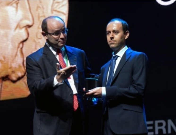 عکس های کوچر بیرکار دومین ایرانی برنده مدال فیلدز