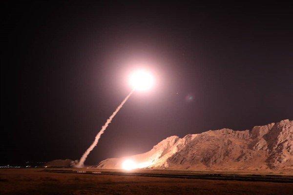 تصاویر ارسال موشک های سپاه از کرمانشاه